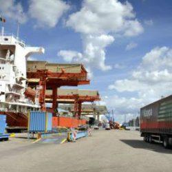 Havenbedrijf Antwerpen wil 250.000 vrachtwagensritten minder