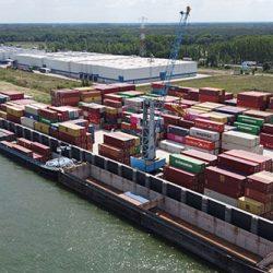 Van Moer Logistcs - Binnenvaart